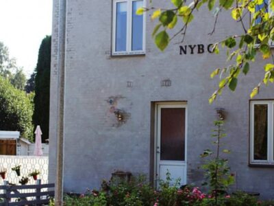 Nybovej 8 Stuen / Kælderen, 4293 Dianalund Lejlighed med fælles have til leje
